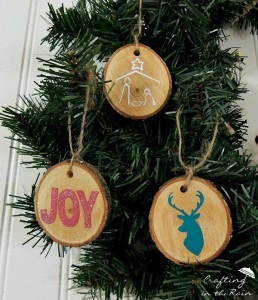 vinyl-on-wood-ornaments